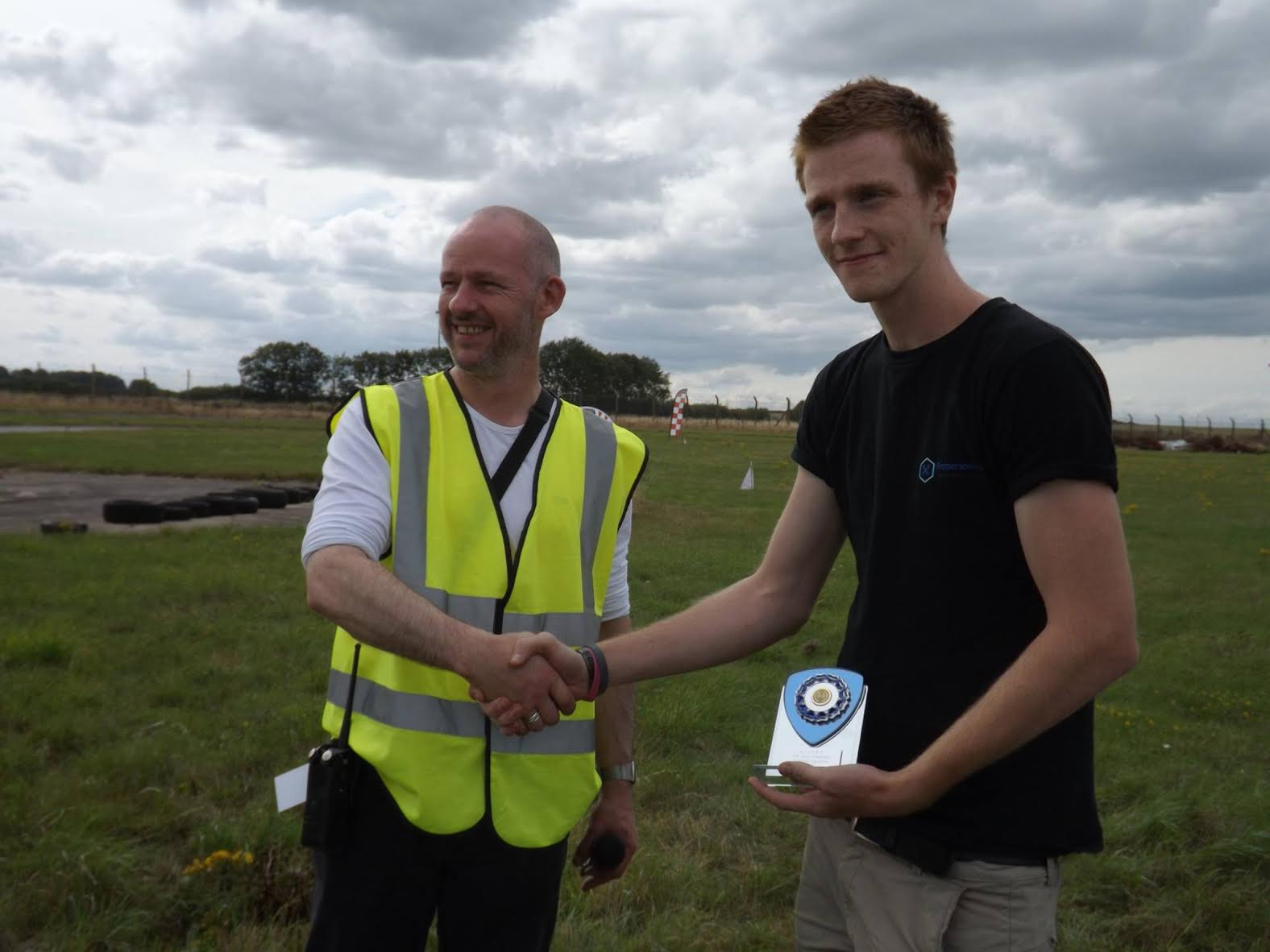 Drone Doctor Dan being awarded the prize for UK Freestyle Champion